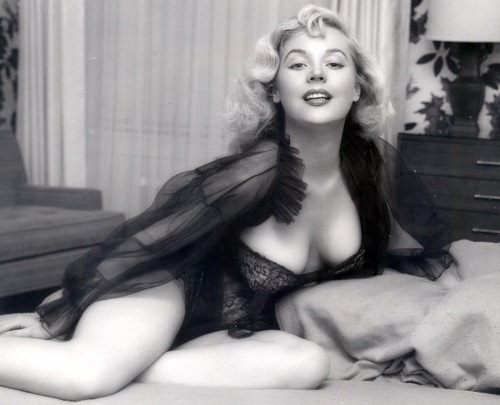 Betty Brosmer | Retrorambling