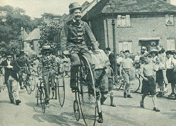 a short history of the bicycle Here is a short history of bicycles in china a gentleman doesn't sweat at the end of the 19th century, the only people who used bicycles in china were foreigners who lived in shanghai.