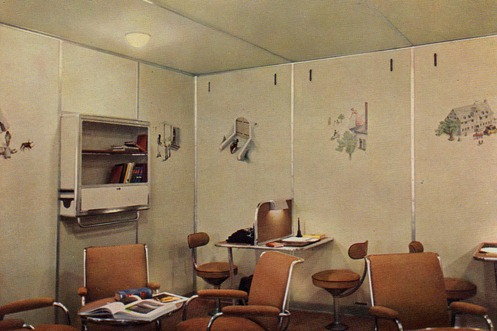 Hindenburg writing and reading room