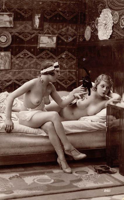 lesbian french escort arras