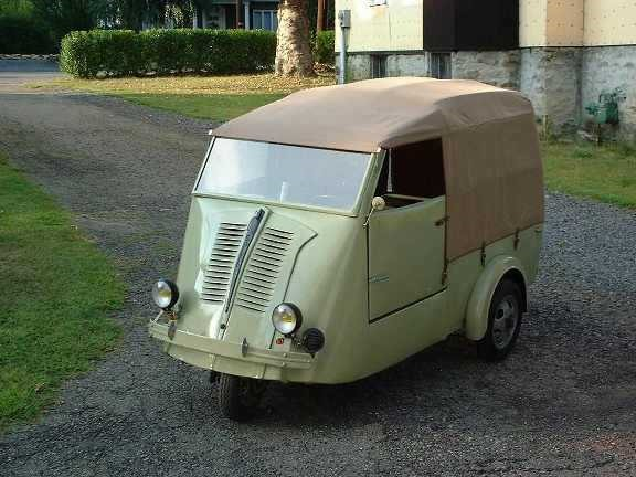 1000 images about insolite scooters on pinterest vespas scooters and vespa scooters. Black Bedroom Furniture Sets. Home Design Ideas