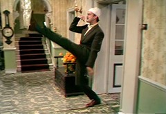 446_Fawlty Towers_03