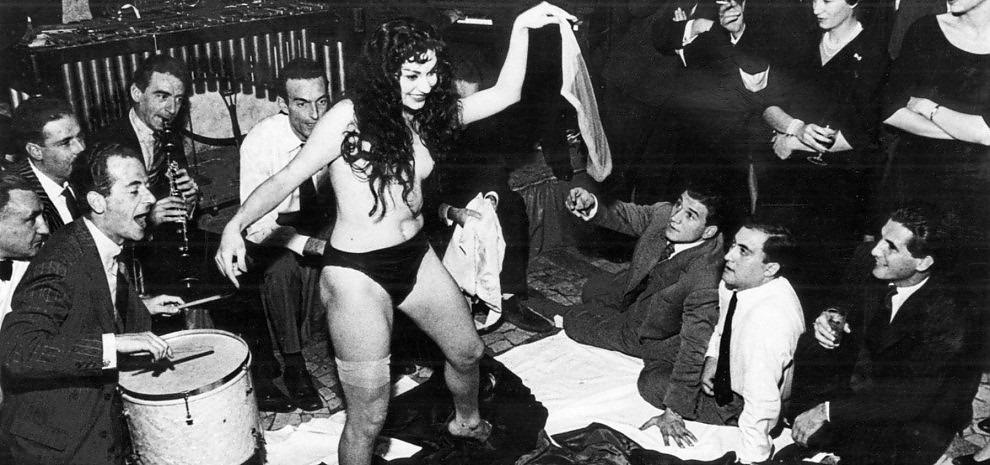 private strip party dolce vita bordell
