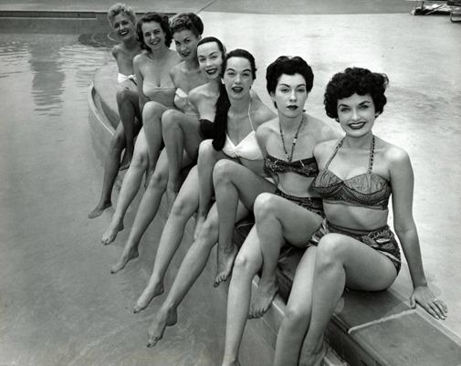928_fifties beach beauties_03