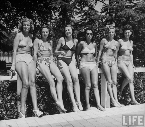 928_fifties beach beauties_07