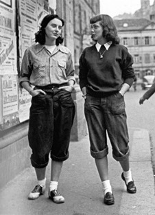 a104654_bobby soxers_03