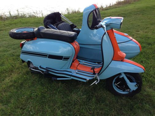 Gulf Racing themed Lambretta Sidecar COmbination